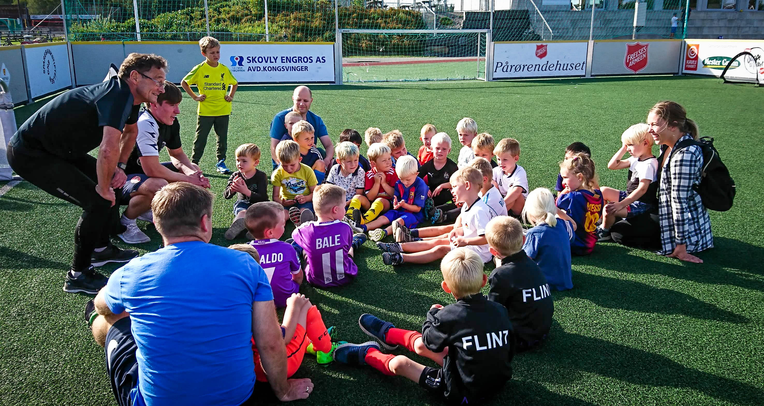 https://www.flintfotball.no/wp-content/uploads/2019/08/fotball-for-4-5.jpg