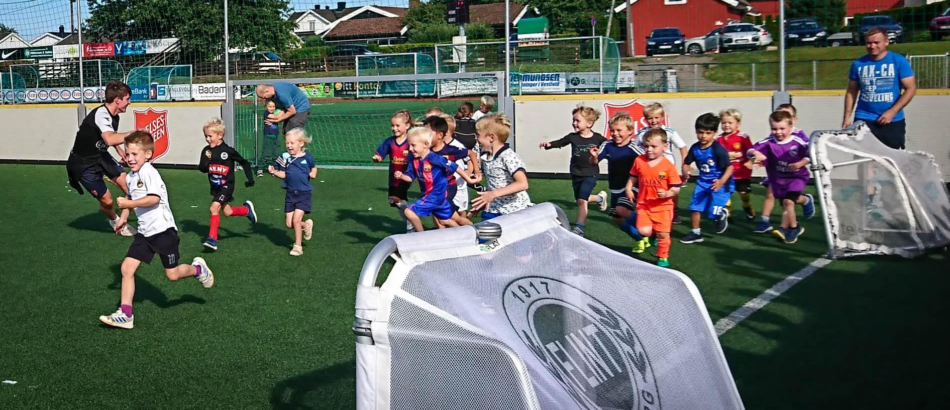 https://www.flintfotball.no/wp-content/uploads/2019/08/fotballglede-4-5-år.jpg