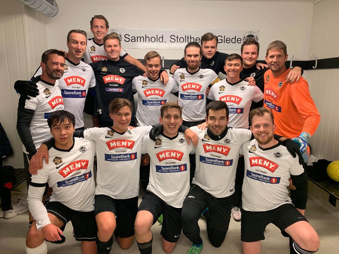 https://www.flintfotball.no/wp-content/uploads/2019/10/Flint4-kretsmestere.jpg