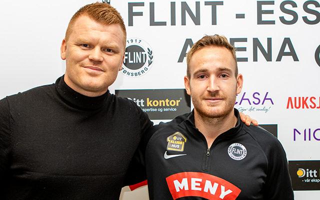 https://www.flintfotball.no/wp-content/uploads/2019/12/John-Arne-Riise-Kristian-Rinaldo-Pedersen.jpg