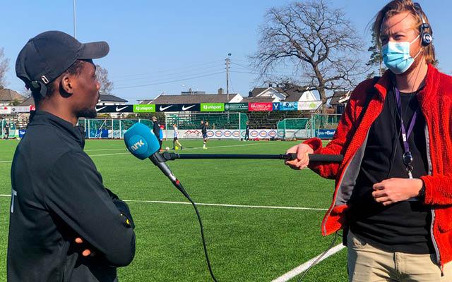 NRK Vestfold radio utfordret A-lagsspiller til konkurranse