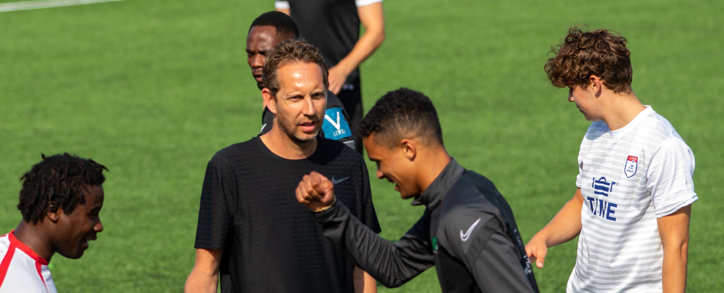 https://www.flintfotball.no/wp-content/uploads/2021/07/Trening-juli-2021-med-Morten-Ramm2.jpg